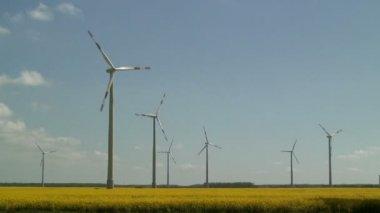 Wind Farm in UK — 图库视频影像