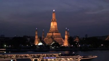 Wat Arun Temple — Stock Video