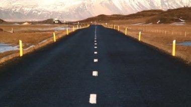 Icelandic road near Jokulsarlon — Stock Video