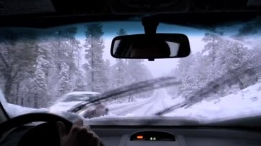Car driving through snow winter USA — Stock Video