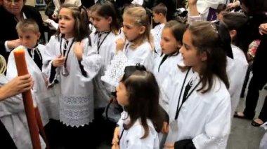Children in Religious procession  Semana Santa — Stock Video