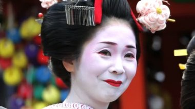 Japanese Geisha posing — Stock Video