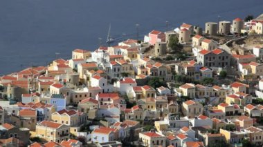 Simi Town Houses by the beautiful harbour  Island of Symi,  Greece — 图库视频影像