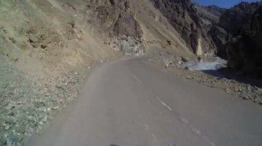 Motorbike riding remote - desert are — Stock Video
