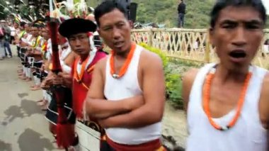 Tribesmen from the Angami tribe waiting to perform at tribal gathering — Stock Video