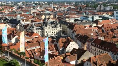 Elevated view of the old town red roof tiles of Graz — Stock Video