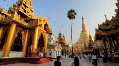 Shwedagon Pagoda Temple — Stock Video
