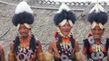 Tribesmen dancing at Hornbill festival — Stock Video