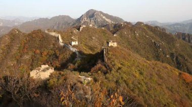 Great Wall in disrepair large sections — Wideo stockowe