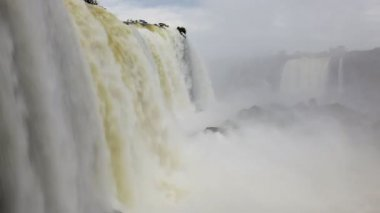 Cascading water motion from the Iguacu Falls — Stockvideo