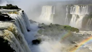 Rainbow created from the Iguacu Falls — Vídeo Stock