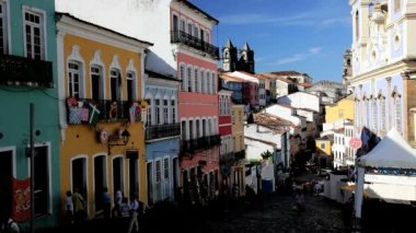 Historical center of Pelourinho in old Salvador — Stock Video