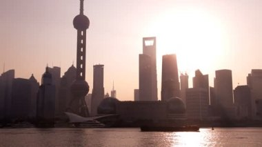 Sunrise over Oriental Pearl Tower — Stock Video