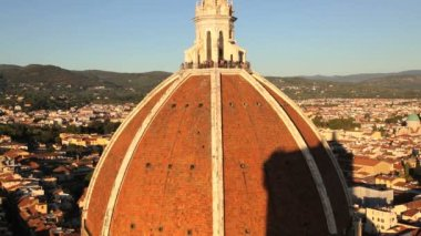 Duomo Cathedral dome, observation point overlooking the  city of Florence — Stock Video