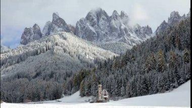 St Johann Chapel scene in winter — Stock Video