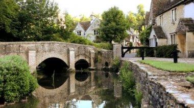 Castle Combe Village, Wiltshire — Stock Video