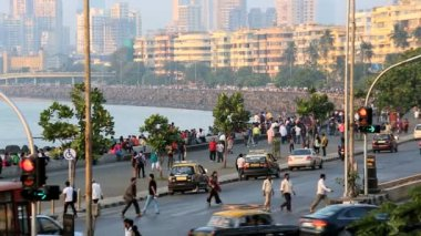 Mumbai India Marine drive city skyline travel — Stock Video