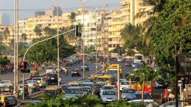 Viaggio di Mumbai Marine drive città skyline strada trasporto — Video Stock