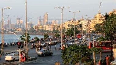 Mumbai Marine drive city skyline road transport travel — Stock Video