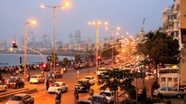 Mumbai India Marine drive city skyline travel — Stock Video