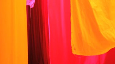 Mercado de textiles de Rajasthan Jaipur India Sari — Vídeo de Stock