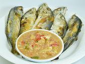 Fried mackerels with shrimp paste sauce — Stock Photo