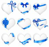Set of beautiful heart-shaped cards with blue gift bows. — Διανυσματικό Αρχείο