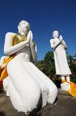Buddha statue with blue sky , Wat Yai Chaimongkol, Thailand — Stock Photo