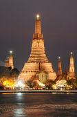Wat Arun temple in Bangkok,Thailand — Stock Photo