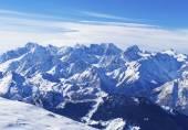 Mountain landscape in Swiss Alps — ストック写真
