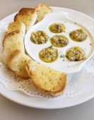 Garlic bread slices with clam Appetizer — Stock Photo