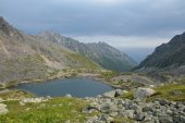 Lake in the mountains of the Barguzin ridge at Lake Baikal — Stockfoto
