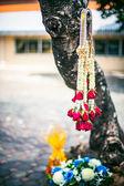 Flowers wedding ceremony in Thai style temple — Stock Photo