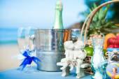 Ceremonia de la boda en la caja de decoración coral Playa paisaje anillo — Foto de Stock