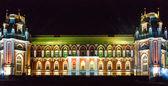 Illuminated palace — Stock Photo