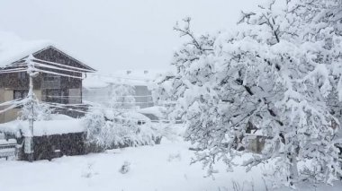 Heavy snowfall in Bansko — Stock Video