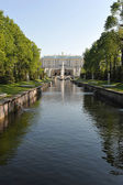 "ST. PETERSBURG, RUSSIA - MAY 26: The Peterhof fountain ""Samson t — Stock Photo"