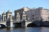 St. Petersburg, Russia, 6 SEPTEMBER: Lomonosov bridge across the — Stock Photo