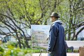 Artista in strada disegna immagini — Foto Stock