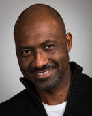 Bald Unshaven Black Man In His Forties — Stock Photo