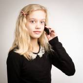 Teenage Girl Talking On Her Phone — Stock Photo