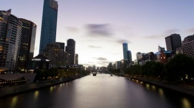 Timelapse video of Melbourne from sunset to night, zooming in — Video Stock