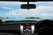 Drive to the beach — Stock Photo