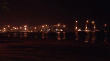 Işık gece seaport — Stok video