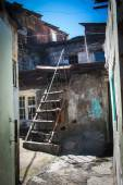 Shanty with ladder in urban district for poor  Yerevan, Armenia — Stock Photo