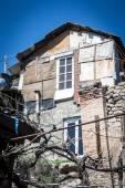 Shanty in urban district for poor  Yerevan, Armenia — Stock Photo