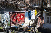 Way of life the poor in Yerevan, Armenia — Stock Photo