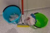 Czyszczenie podłogi — Zdjęcie stockowe