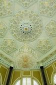 Interior of Ubudiah Mosque at Kuala Kangsar, Perak, Malaysia — Stock Photo