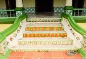 Традиционные шаги воздуха Барок мечети в Jasin Малакка, Малайзия — Стоковое фото